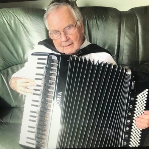 accordion works