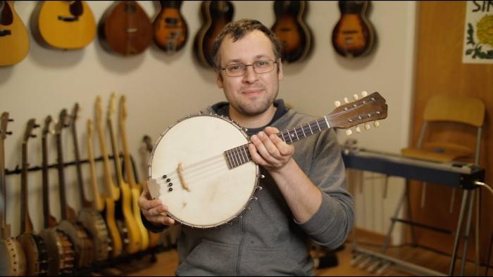 mandolin or banjo