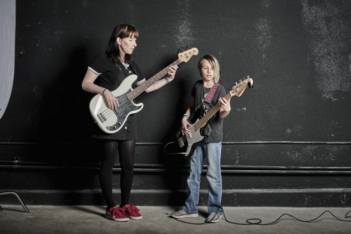 how to learn to play bass guitar fast